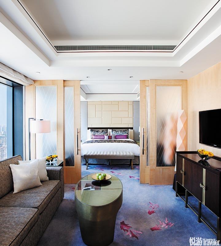 上海靜安香格里拉大酒店 Shanghai Jing An Shangri-La:這間體量超群的酒店心思極為細膩:前后雙功能入口...