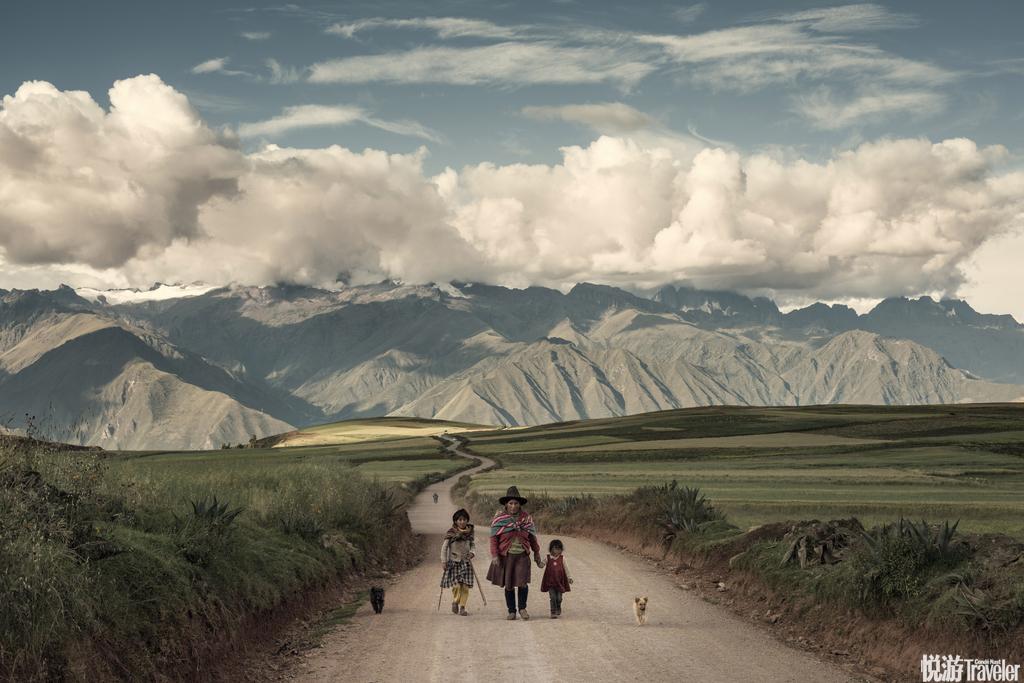 秘鲁当地特色美食这里是魔幻现实主义的故乡,印加帝国的灵魂就栖居在这里,安第斯山脉间流荡着战歌与哀乐...