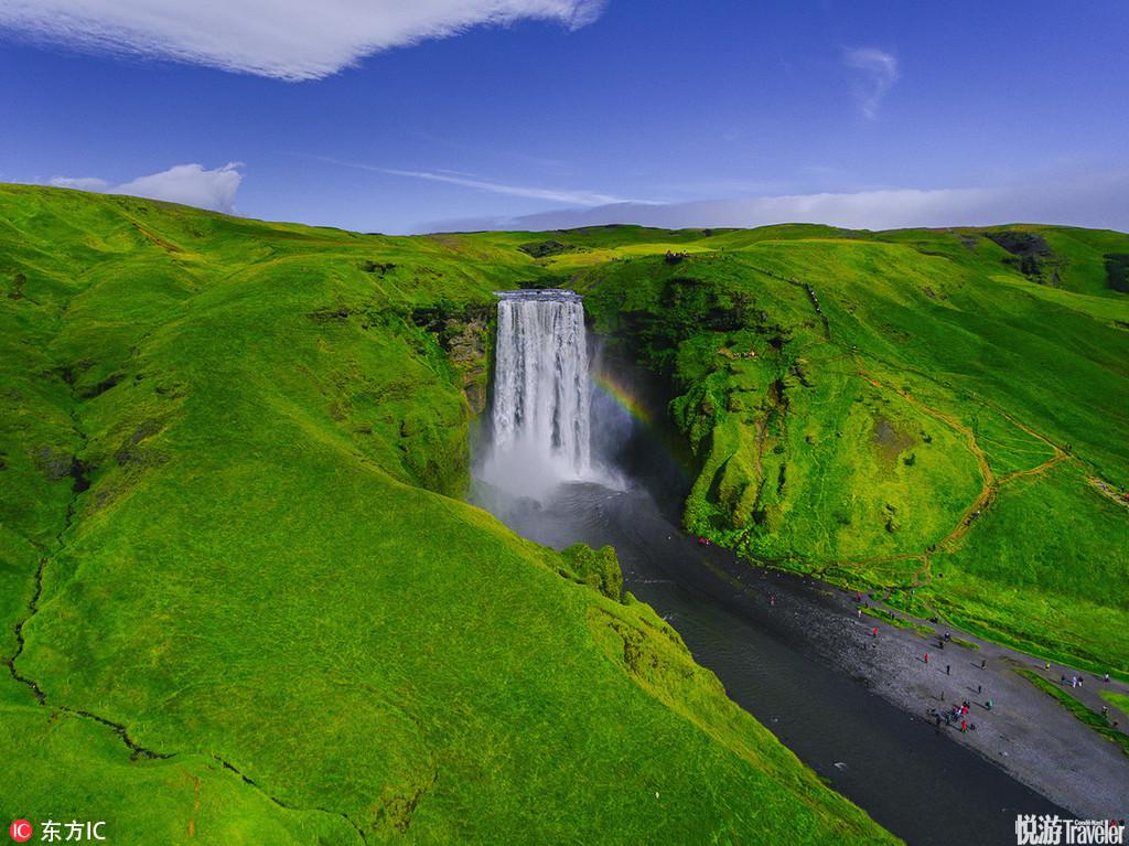 史卡法特国家公园最著名的景点就是史瓦提(Svartifoss)瀑布。