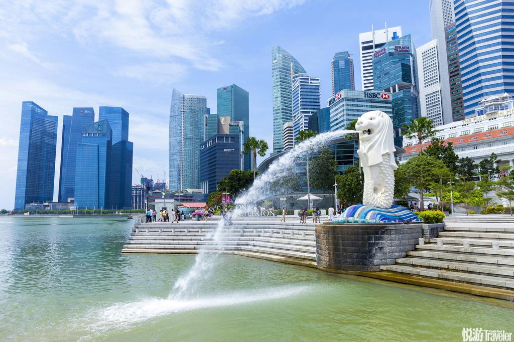 新加坡:鱼尾狮是新加坡的标志,占地101公顷的超级花园更以10亿元造价成为新加坡最新的地标。