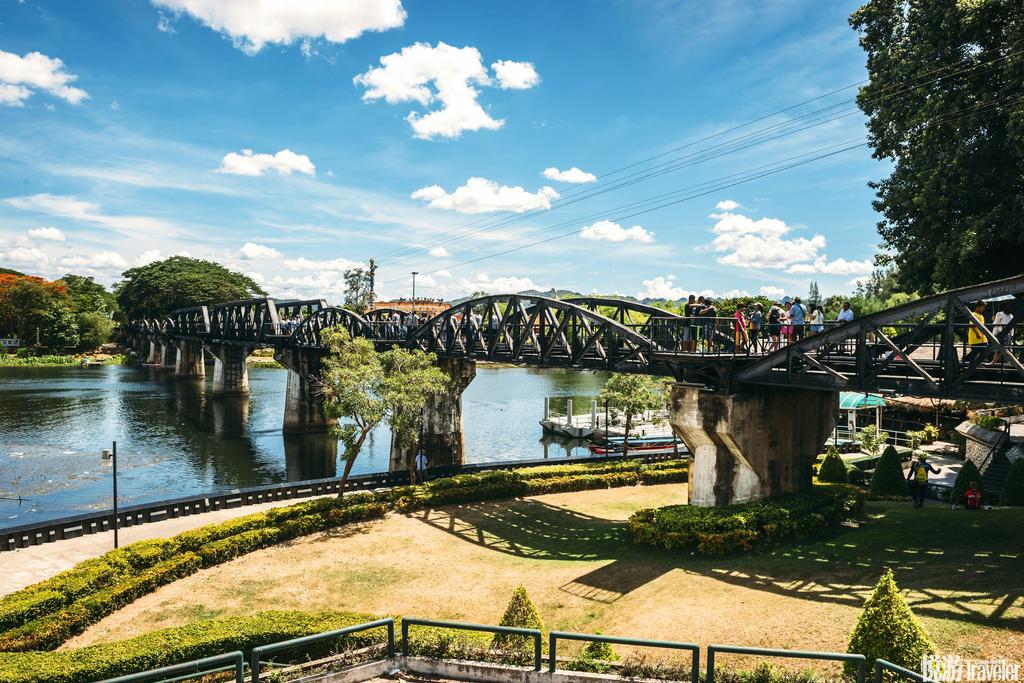 """北碧府(Kan-chanaburi)""""死亡铁路""""是第二次世界大战期间,日军强迫俘虏兴建的一条从泰国通往缅甸的铁路..."""