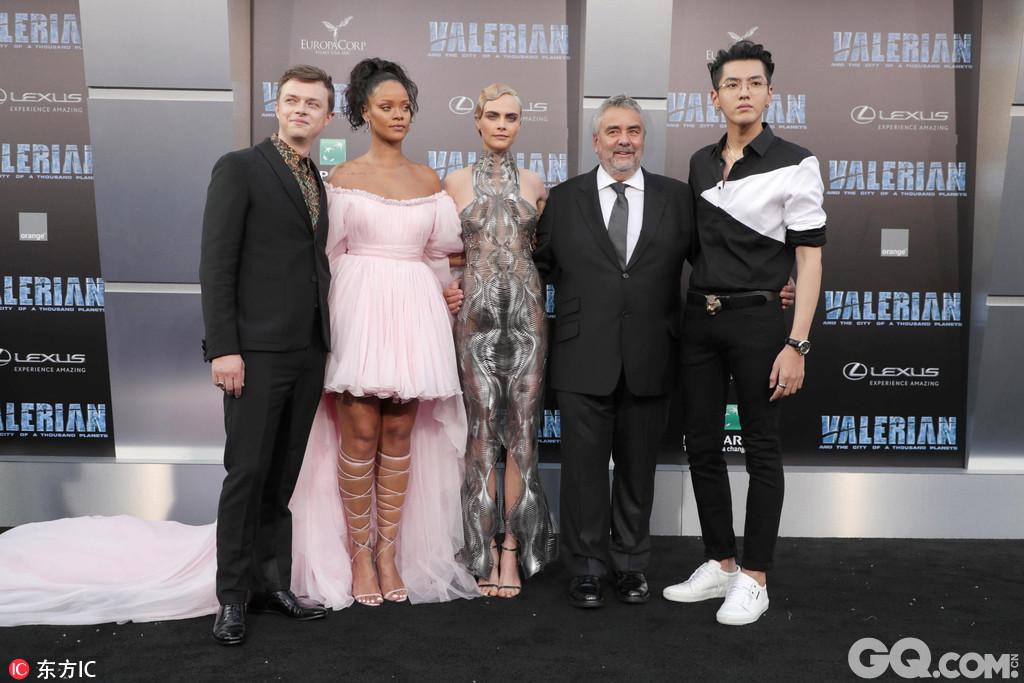 当地时间2017年7月18日,美国洛杉矶,电影《星际特工:千星之城》全球首映礼。