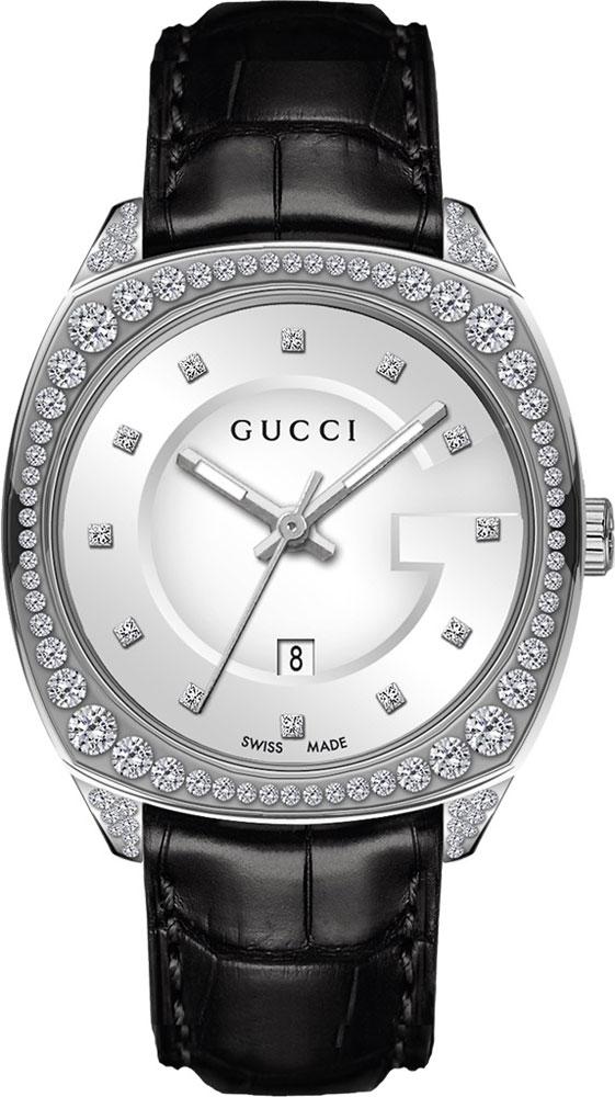 李宇春出席开云集团晚宴时,佩戴的腕表与项链,加在一起总价RMB45550,比起价格,赢在了气质,就是该戴着出场。