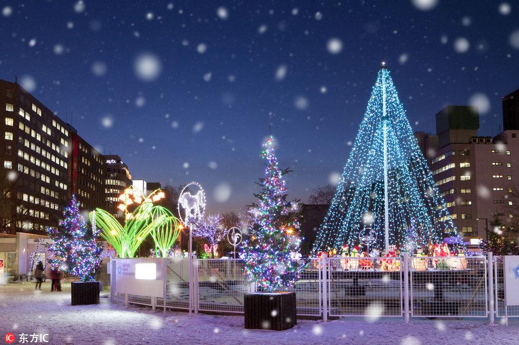 到日本跨年,除了众人皆知的东京塔、晴空树、NHK红白歌会和东京巨蛋演唱会之外,这里别具特色的传统文化和唯美的雪景同样是渴望别样体验的文艺小清新们的天堂。