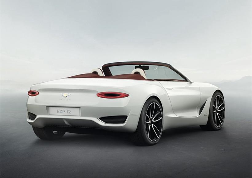 Bentley EXP 12 Speed 6e Concept (2017)结合澎湃动力与强劲续航能力,并以快速感应充电功能与顶级互联车载礼宾式服务,号称单次充电就可让车辆在伦敦至巴黎或者米兰至摩纳哥自由穿行。