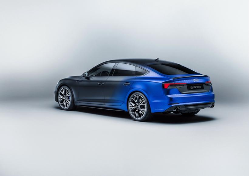 在2017年的沃特湖(Worthersee)改装节上,奥迪官方发布了A5 Sportback g-tron的特别版本,而该版本的特别之处就在于,这辆A5采用了双燃料技术(压缩天然气+汽油)。