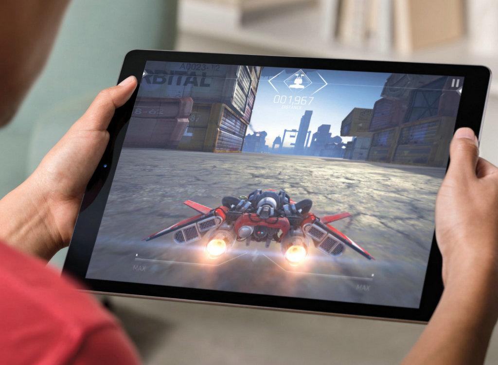 对于苹果提及的4K技术,最大的应用是在3D建模过程中,对整体的渲染。在各类游戏应用中,凭借优异的映像表现和音效表现配合,让人有身临其境之感。