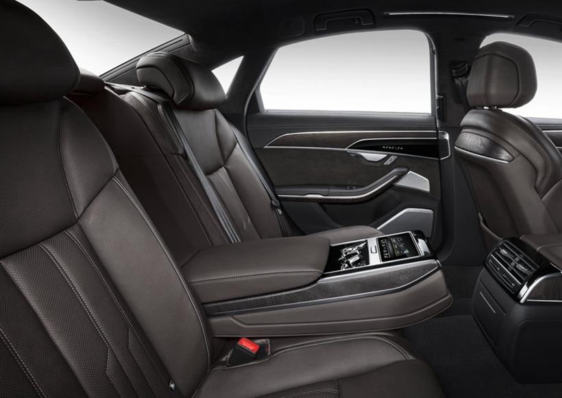 新一代奥迪A8将搭载Level 3级别自动驾驶技术,一经发售,奥迪将成为全球首个把L3自动驾驶量产车送上公共道路的汽车厂商。