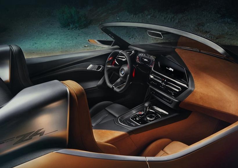此外,座椅后方的驼峰除了拥有防滚架的功用外,更让Concept Z4的侧面线条,带有一些Targa敞篷的味道。