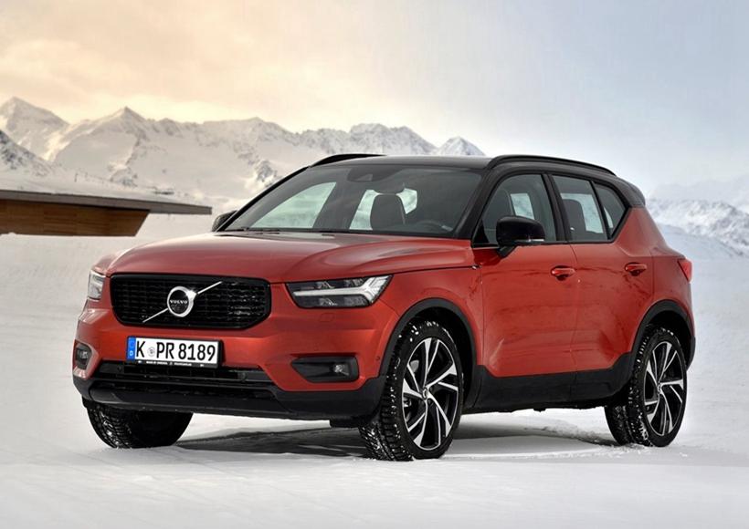 单单是看外观就不难发现,在新车上, Volvo花费了不少心思,除却那些家族必备的经典元素之外,亮黑式悬浮车顶、悬浮式C柱等都充分展现了它作为独立个体的个性魅力,显得十分别致。