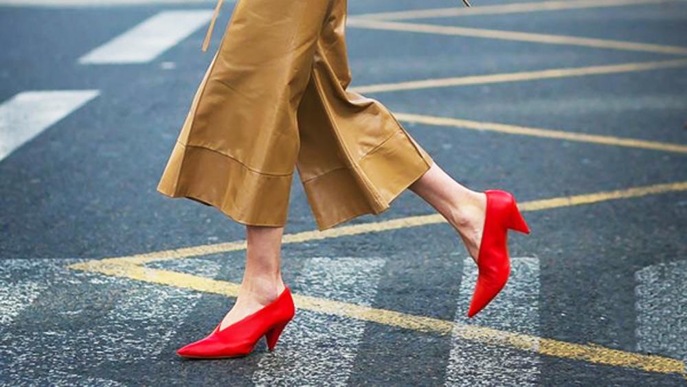 穿这几双鞋的感觉 就像和黄渤谈恋爱