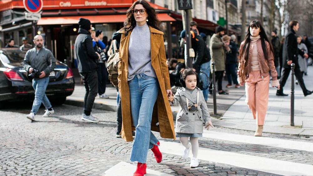 长大衣的时髦造型 从选对鞋子开始