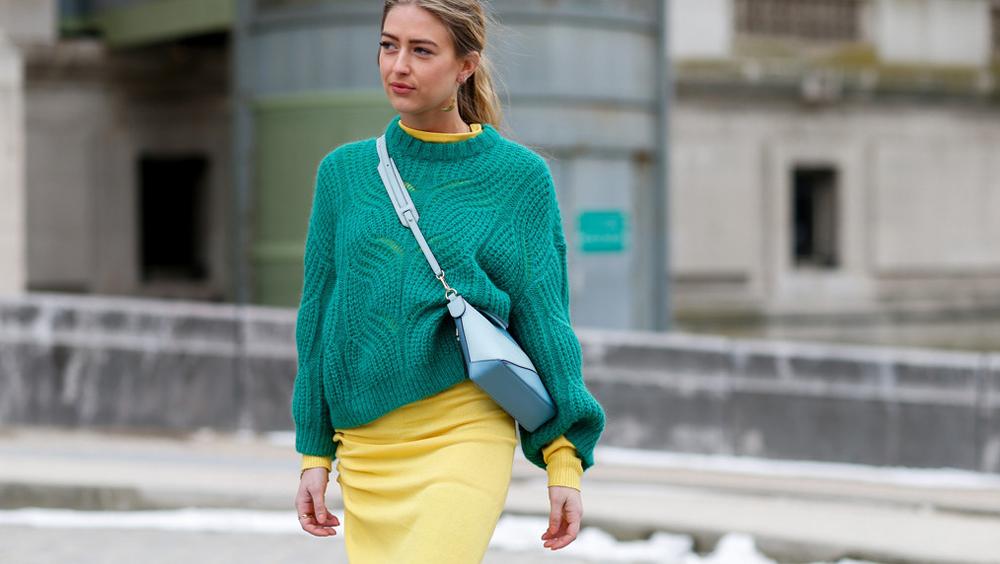 换季到底穿什么?今年最流行毛衣+裙子