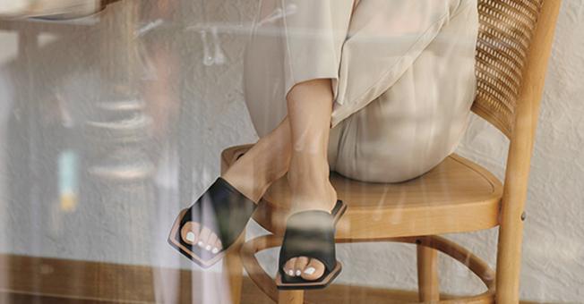 时髦、显瘦还不磨脚,今夏我只想穿这5款极度舒适的凉鞋