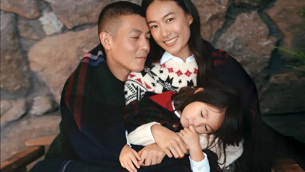 比生在明星家庭更让人羡慕的,是生在有爱的家庭