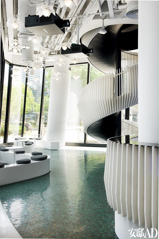 设计图分享 旋转楼梯设计图步骤  家用旋转楼梯尺寸设计技巧 宽550×