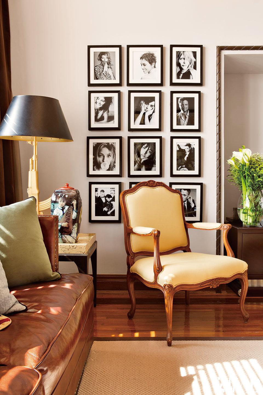 """旅居维也纳、日内瓦、纽约、洛杉矶多年之后,他把自己上海的家,安在了最原汁原味的老锦江贵宾楼。Michael的公寓多数的窗户常年用咖啡色丝绒窗帘围合着,这个充满""""夜之魅""""的空间以大地色为主基调,用勃艮第红的皮沙发以及硬质皮箱的茶几,打造了一个男人味十足的空间。"""