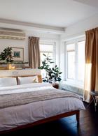 after 3层Arnd的卧室中,一只小泰迪熊玩偶已经在家族中传承了至少四代,现又在中国安下了家。门窗系统应用了施维尔(Schwert)品牌,良好的密闭性节省了家中的采暖消耗。