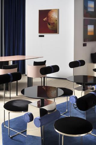 BROWNIE Art Cafe·Lounge   视觉容器