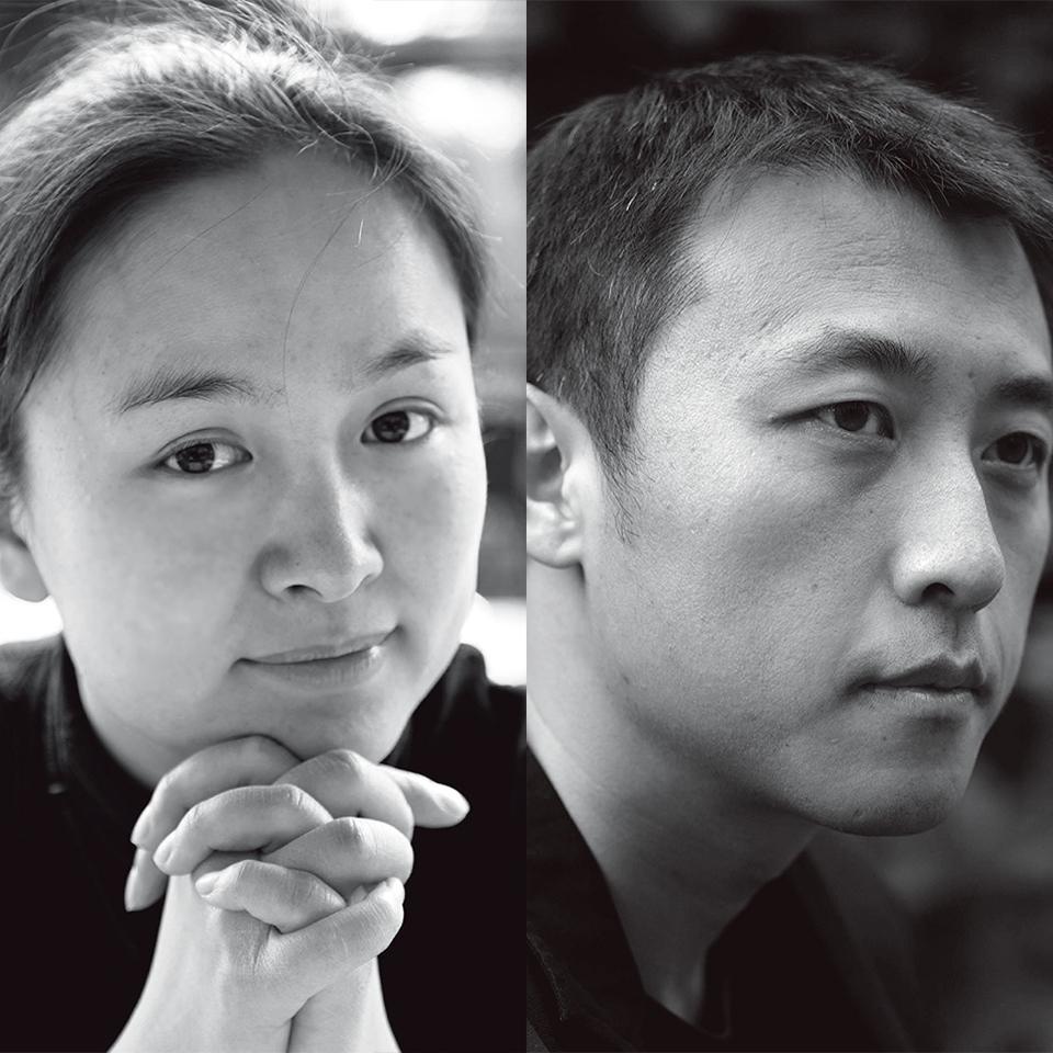 黄文菁、李虎