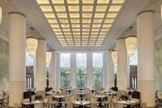 上海半島酒店 The Peninsula Shanghai:上世紀曾擁有滬上四家頂級酒店的嘉道理家族滿懷榮歸之心,為外灘...