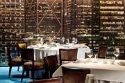 """香港W酒店 W Hotel Hong Kong:酒店创作围绕"""" 魔法森林""""主题展开,香味和旋律都由W创意团队精心炮制,..."""