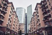 广州,一座不紧不慢向前行的城市,按照自己独有的节奏舒适发展着,形态各异的多文化交融被安然有序地排列...
