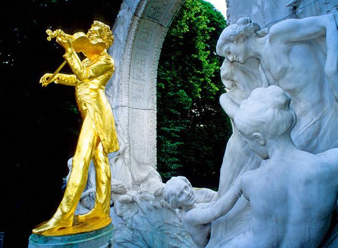 东欧:古典与艺术的凝聚地