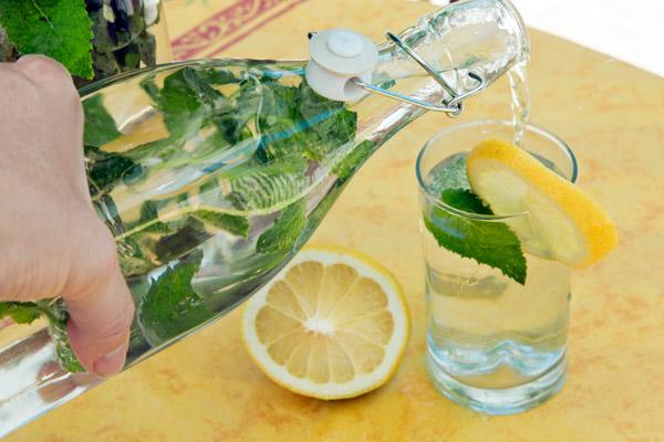 受益终身的好习惯 5招帮你多喝水