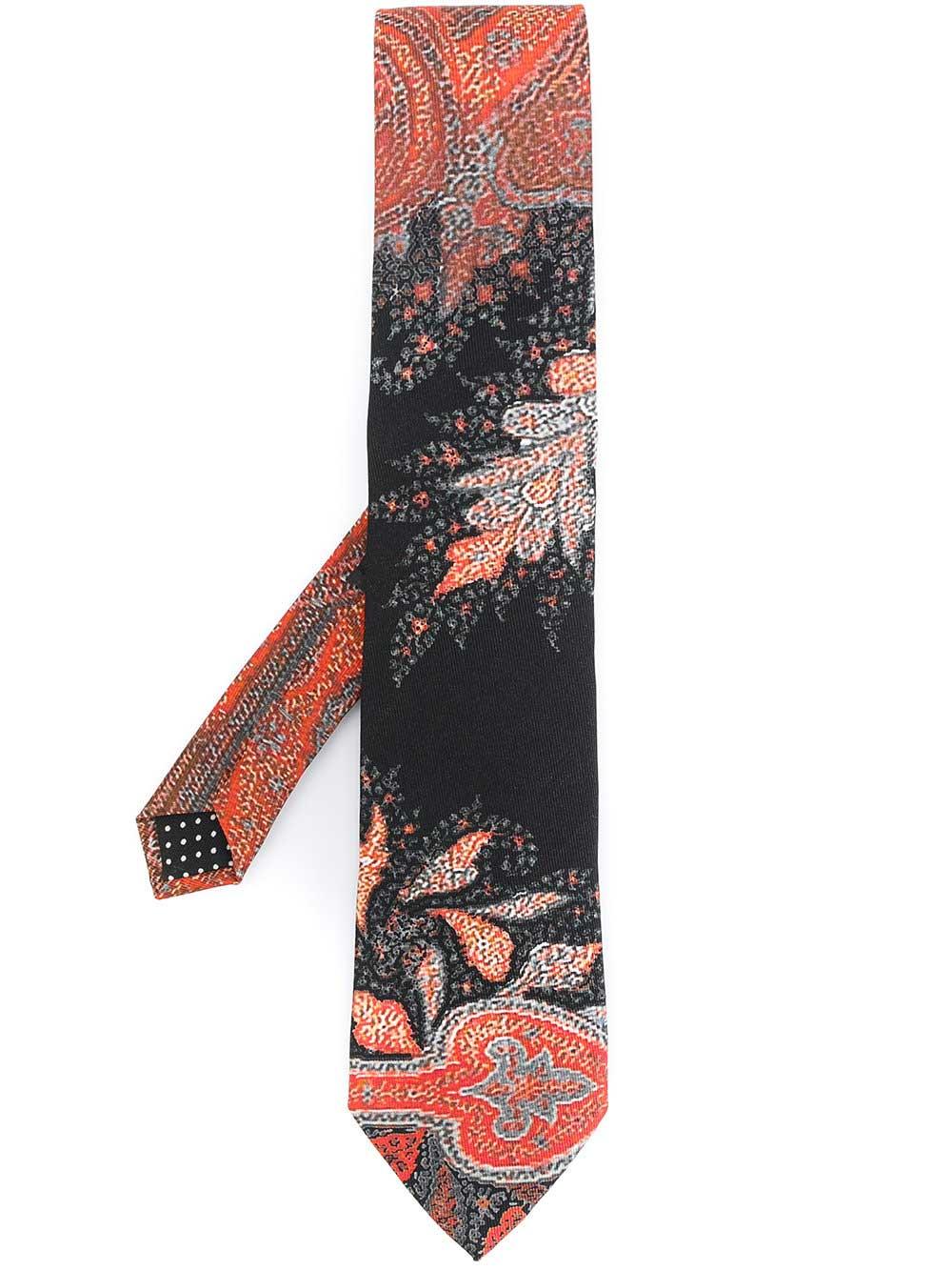 每日穿搭|《Romeo + Juliet》与印花领带
