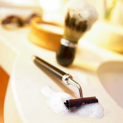 剃须刀选择和清洁的两点建议