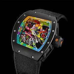 精致之中的潮范儿!涂鸦款瑞士顶级手表