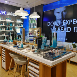 碧欧泉中国首家LIVE MORE概念店于北京新世界活力亮相