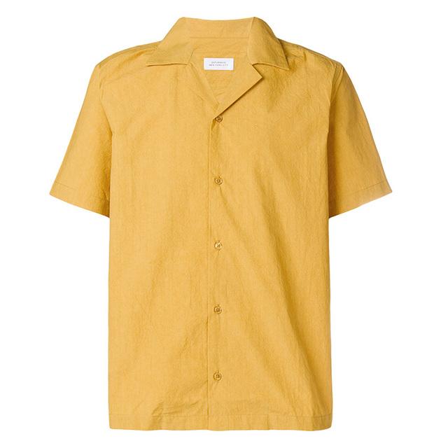 黝黑肤色也能驾驭的芥末黄衬衫