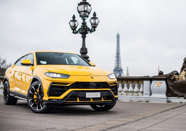 值得一提的是,Lamborghini Urus内建有6种行车模式,在每种模式之下,实用特定的轮胎,即可将它的性能全方位发挥出来。
