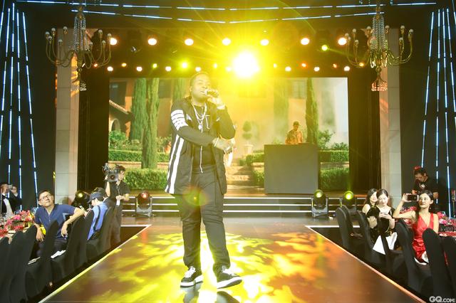 表演嘉宾Sean_Kingston 精彩献唱《beautiful girls》等经典歌曲。