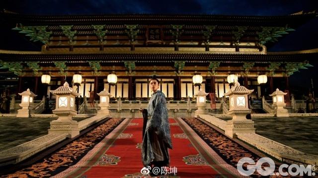 据悉,《凰权·弈天下》正在热拍,陈坤已经进组拍摄近五个月。