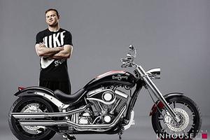 鲁尼的钻石摩托车拍卖了!