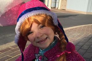 美国小萝莉cosplay迪士尼动画人物 分分钟萌化人心