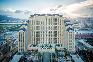 一位80多岁的老人在澳门金沙度假区建了13000间酒店客房