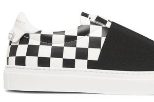 一双好穿的棋盘格Sneaker