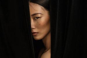 雀斑妆容:不一样的美