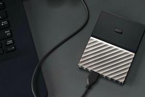 西部数据推出新型MY PASSPORT? ULTRA便携式移动硬盘 帮助消费者轻松备份数字生活
