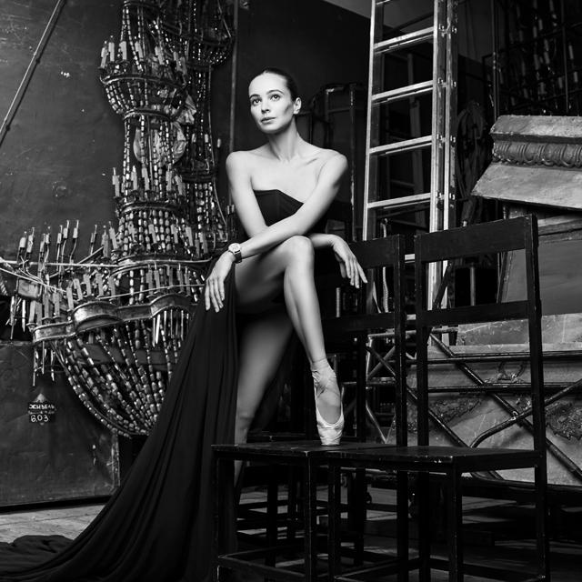 雅克德罗邀请嘉娜·维什尼奥娃成为品牌形象大使