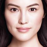 美白,不止于修复,更要防备 双击色斑,从现在到未来,真正拥有医学级樱花白肌