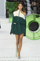 LACOSTE 2018春夏巴黎大秀:11套秀款抢先发布 定义复古时装新风潮