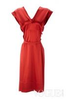 Vivivienne Westwood 推出礼服系列向女王致敬
