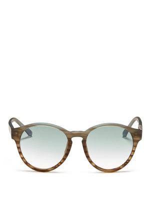 Round frame plastic sunglasses