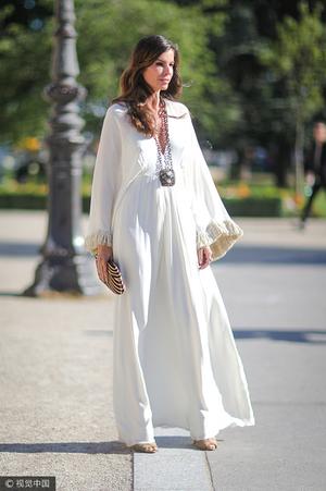 不挑人的小白裙,也是要选对款才好看