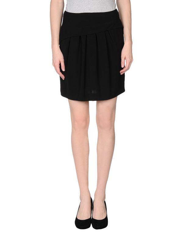 黑色 TARA JARMON 超短裙